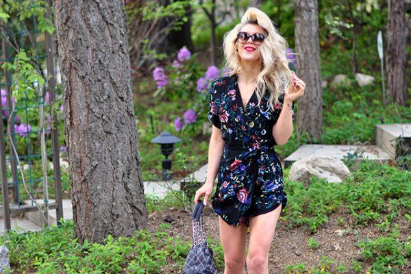 floral romper_summer style_big hair_vintage chanel