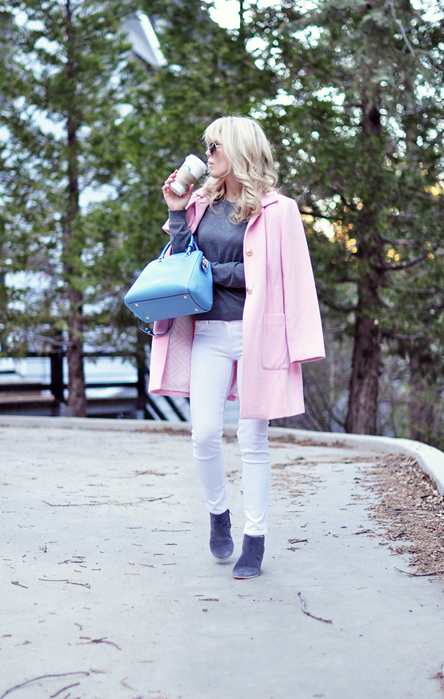 White jeans_gray boots_pink coat_blue bag