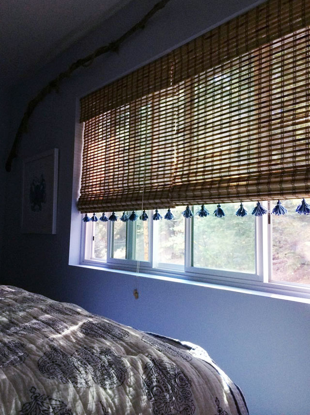 beachy blue guest room-bamboo shades with DIY tassels