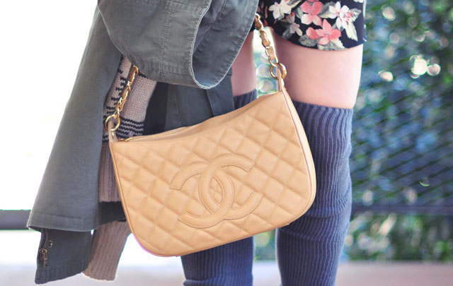 beige caviar quilted chanel bag with chain