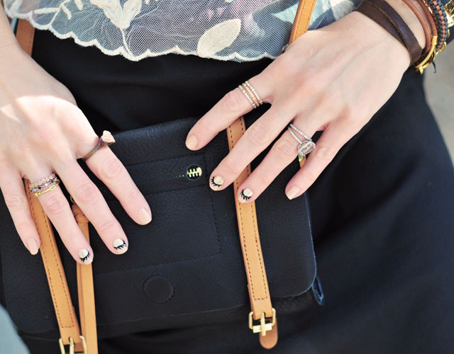 black and brown bag+rings-jewelry-nails