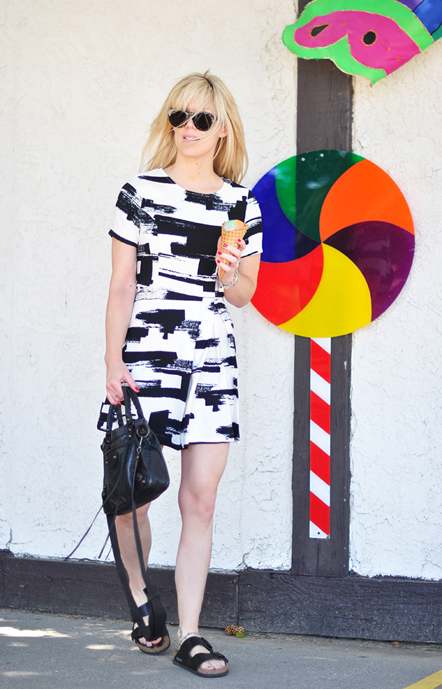 black and white abstract print dress_birkenstocks_balenciaga_ice cream