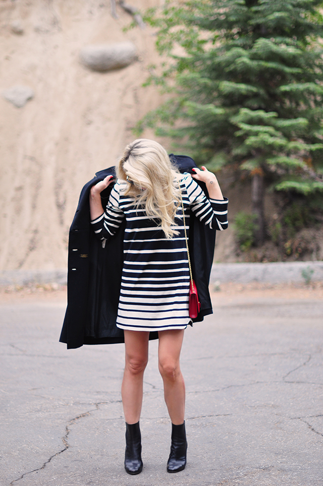black-and-white-striped-shift-dress-with-boots