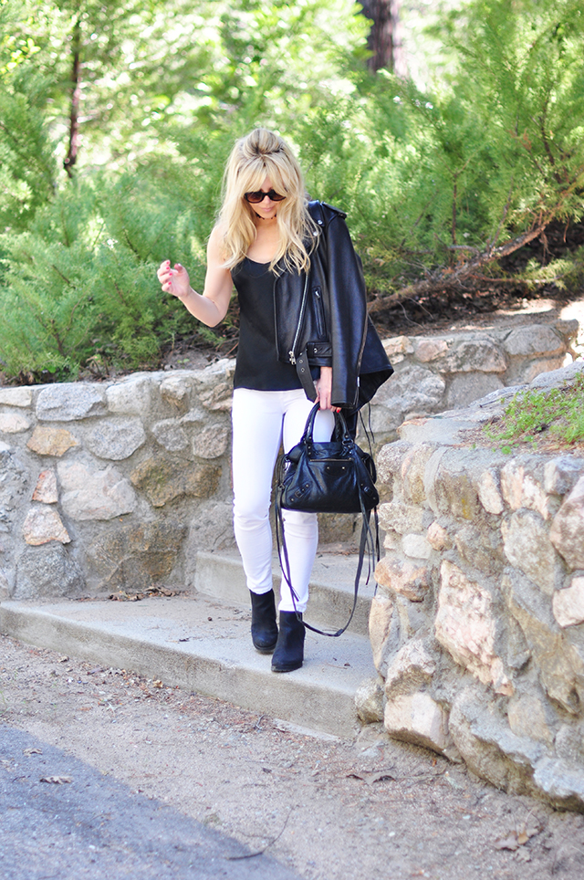black and white_white jeans_black boots_leather jacket