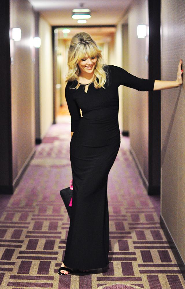 black gown_Residence Inn LA Live Hotel hallway_People's Choice Awards