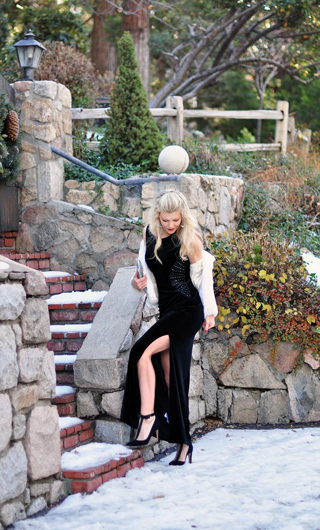 black-velvet-gown-with-leg-slit