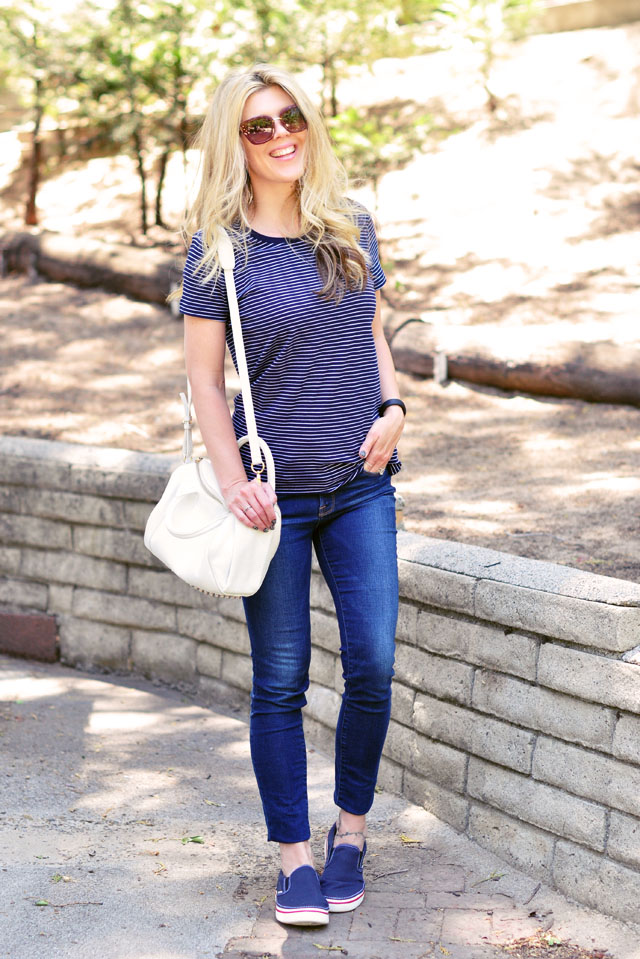 blue and white stripes outfit for summer