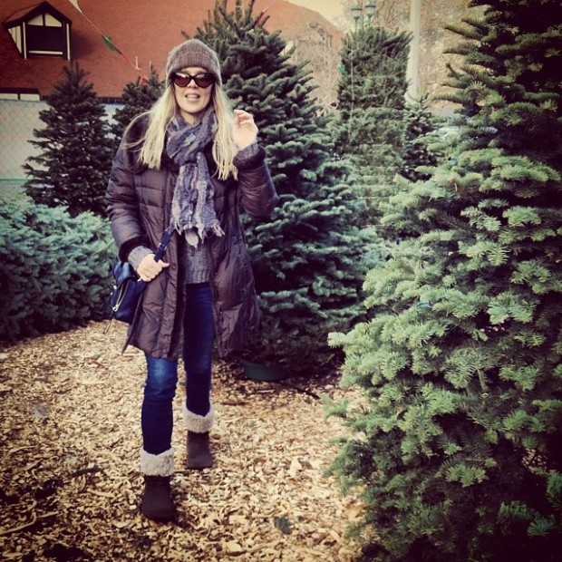 buying a christmas tree