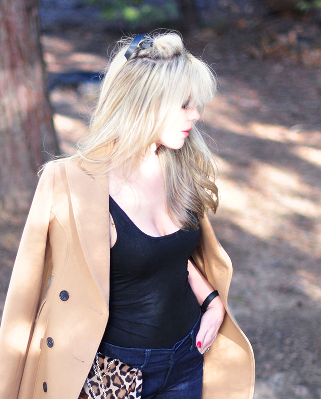 camel coat-leopard bag