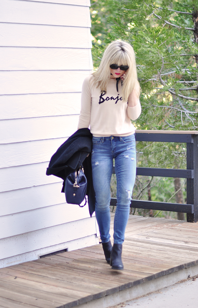 casual style_ripped skinny jeans_bonjour sweater
