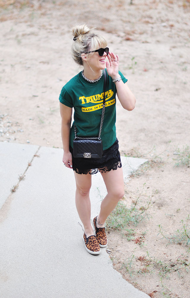 chanel bag_triumph england t-shirt_lace skirt