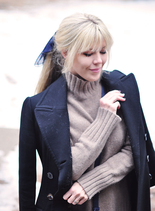 cozy winter layers-loose ponytail with bangs