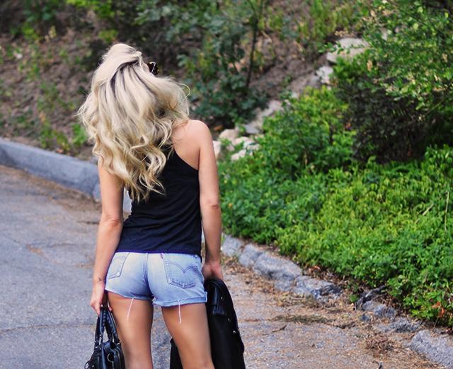 cut off denim vintage levis behind_ blonde hair