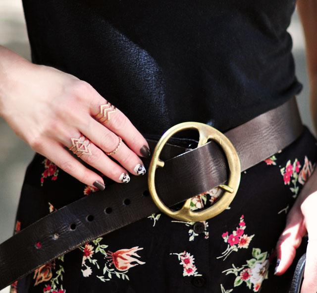 details-rings-nails-belt