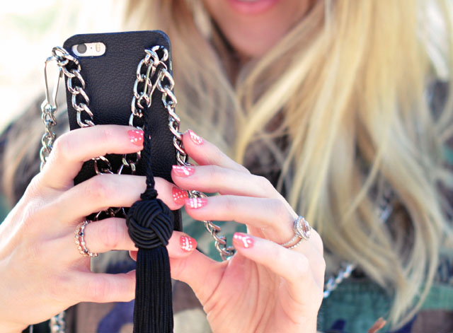 diy iphone case+chain+tassel