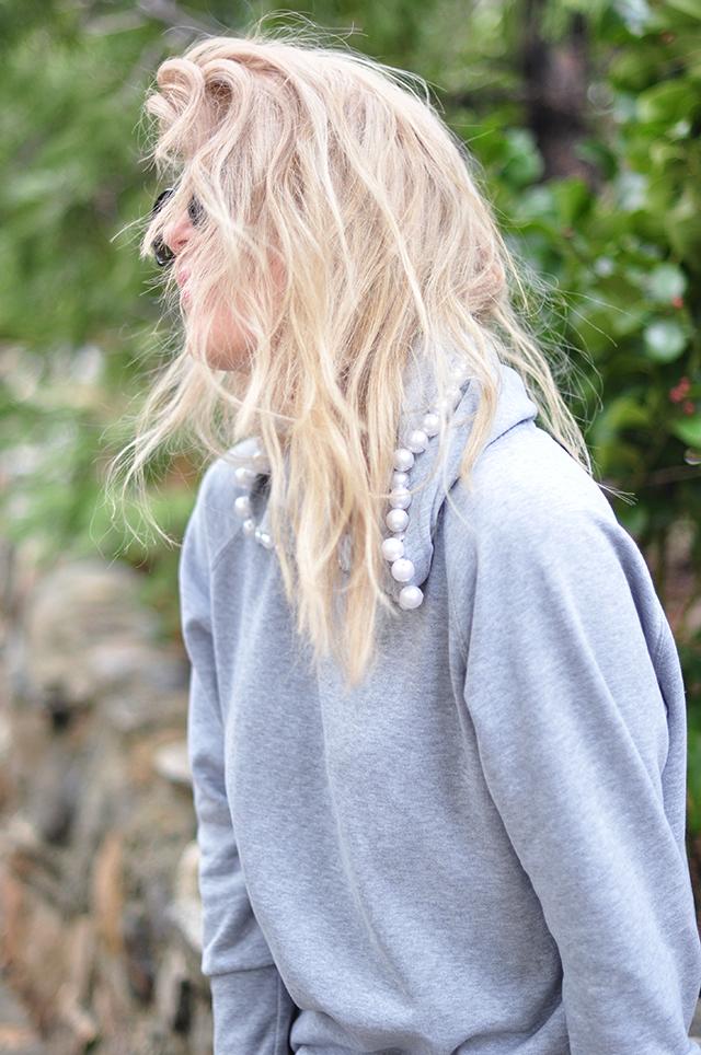 DIY pearl hooded sweatshirt