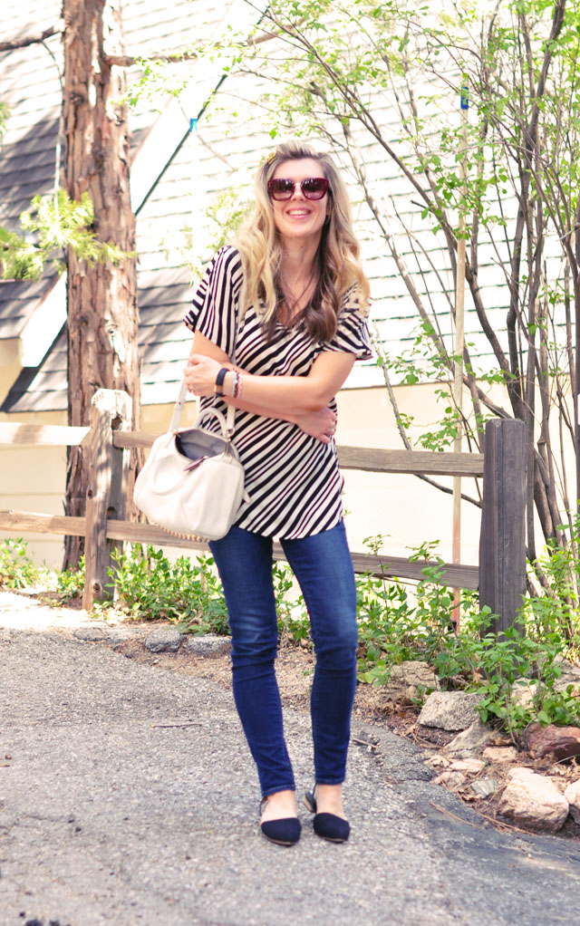 easy outfit-skinny jeans-striped tunic blouse-flats