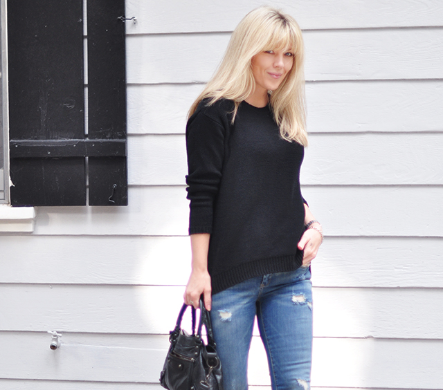 easy style_jeans+black sweater_balenciaga bag_bangs