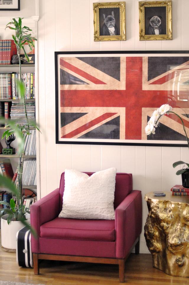 family room-union jack flag print-gold stump tables-victorian dog portraits