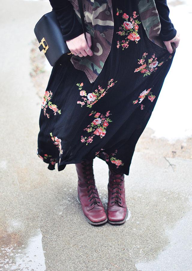 floral maxi dress_camo jacket_vintage lace up boots