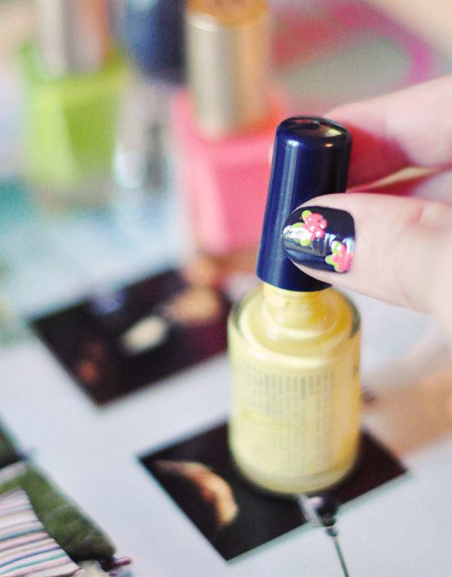floral nail art manicure how to-5