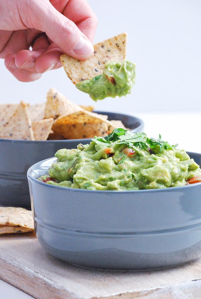 fresh and healthy guacamole recipe_3