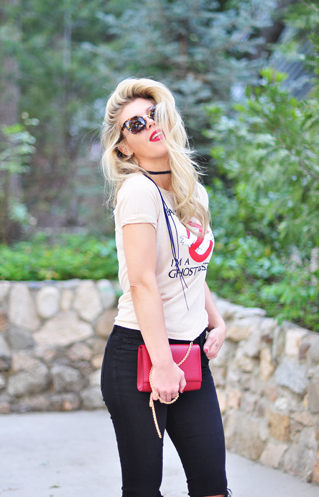 ghostbusters tee_red lips_black jeans