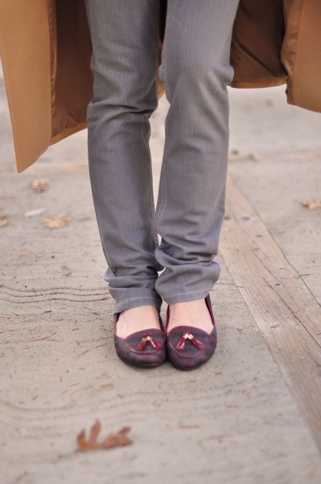 gray jeans-camel coat-burgunday loafers