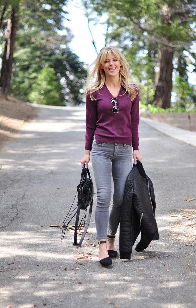 grey jeans_plum sweater
