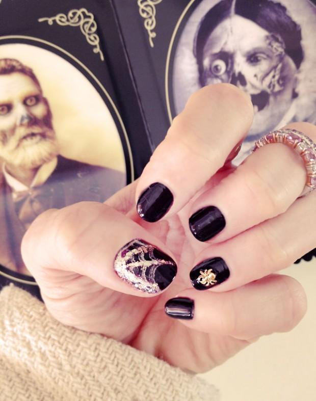 halloween spider web nails nail  art