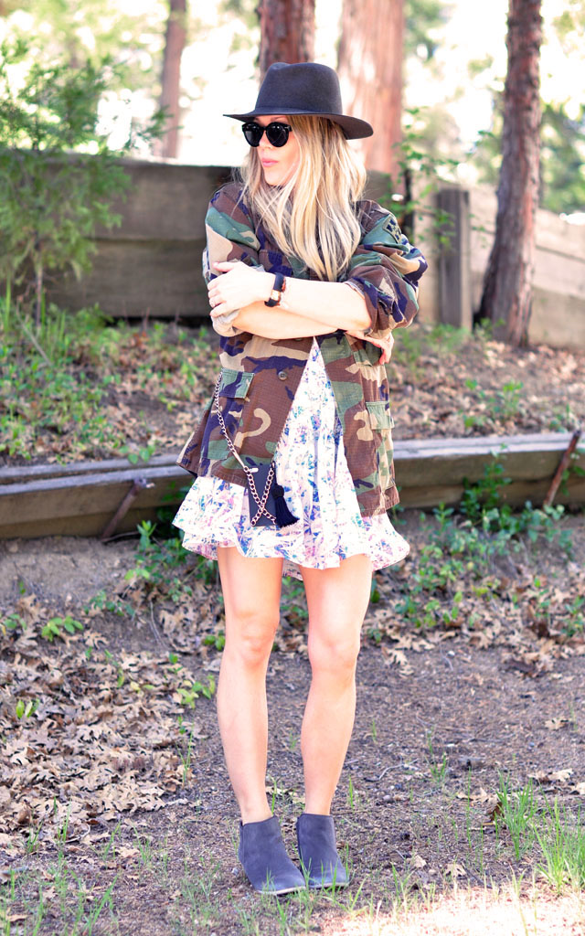 hat-and-boots-camo-and-florals-diy-iphone-case1