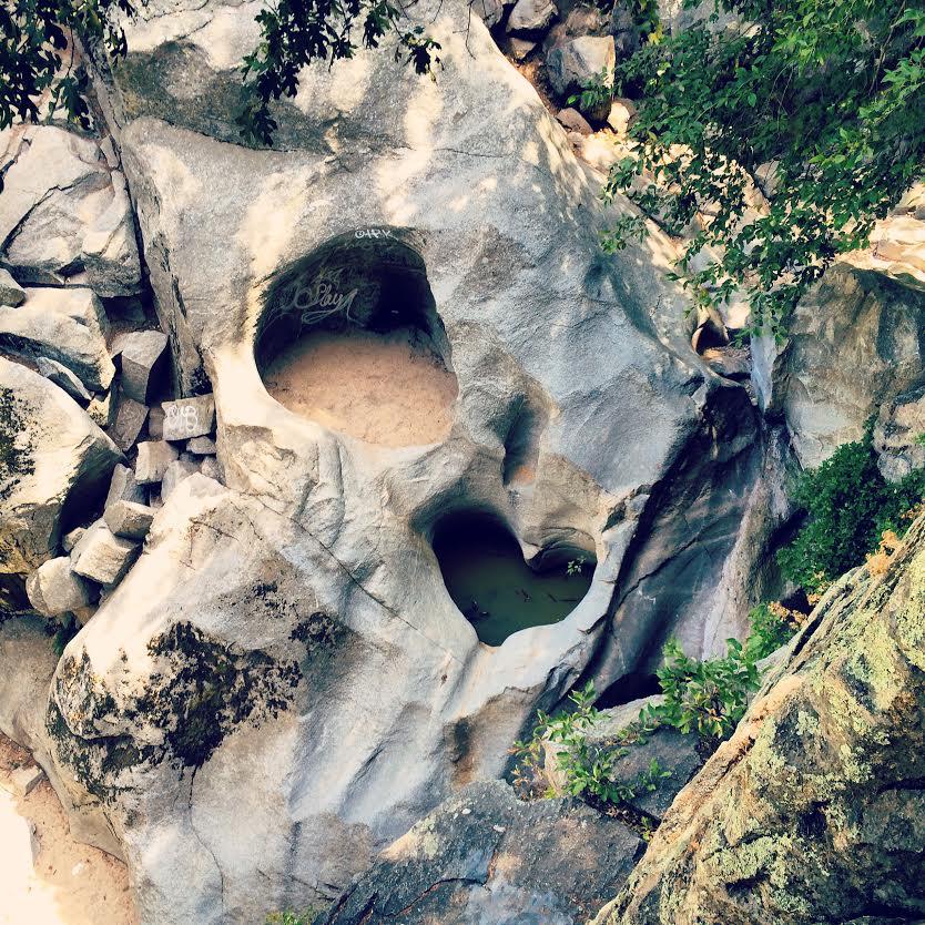 heart-rock-crestline-valley-of-enchantment