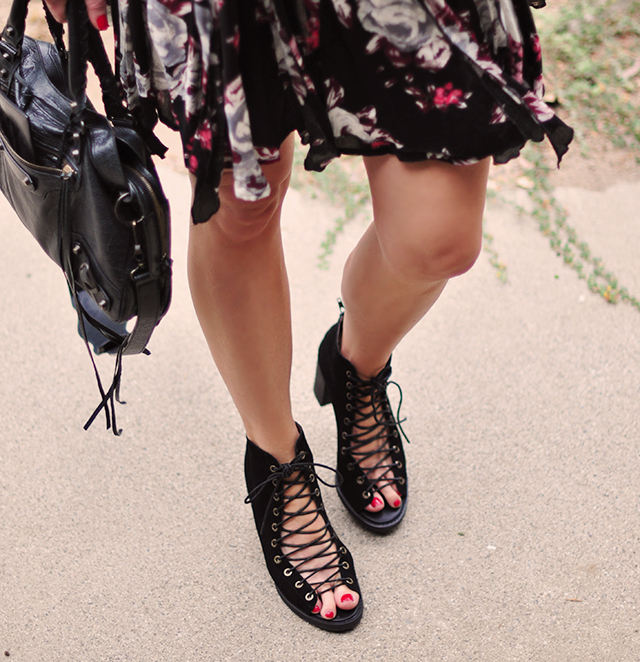 lace up open toe boots_boho style