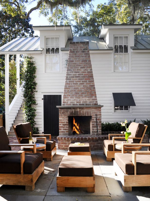 lansdsaping - patio - outside fireplace living area