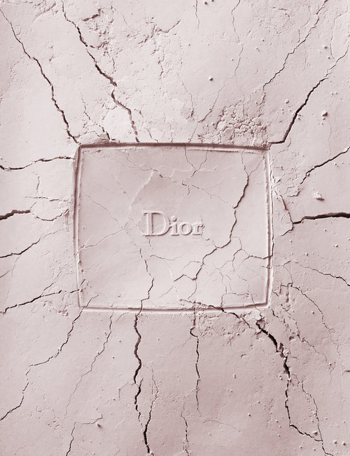 make_up_powder_imprint_photo_cosmetics_makeup_photographer_london_dior