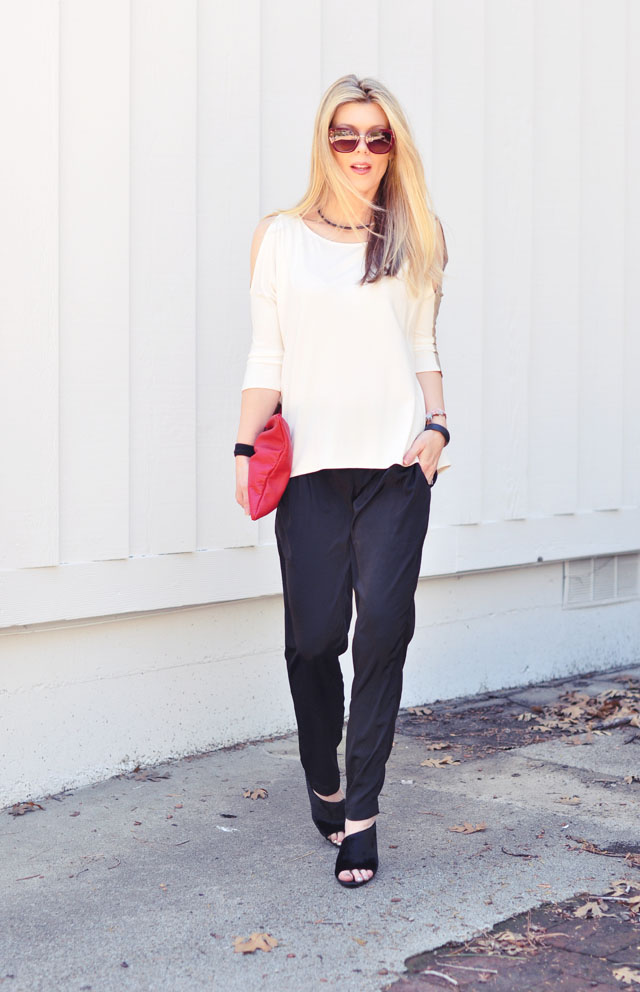minimalist outfit-black white red camel+wedge mules