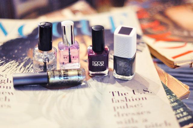 nail polish-green-purple fall manicure