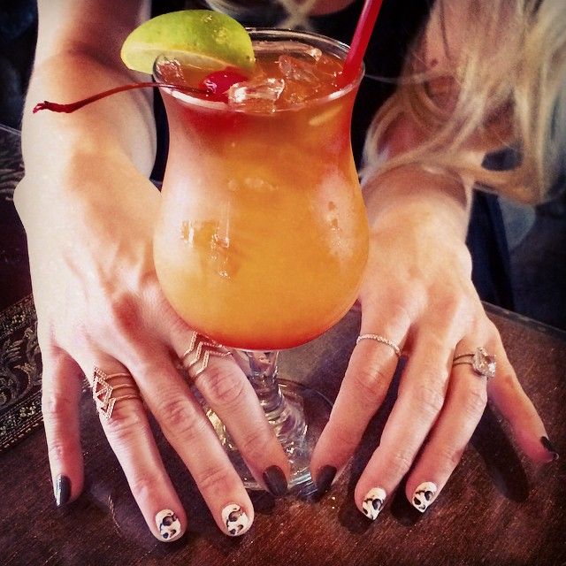 nails and drink and rings