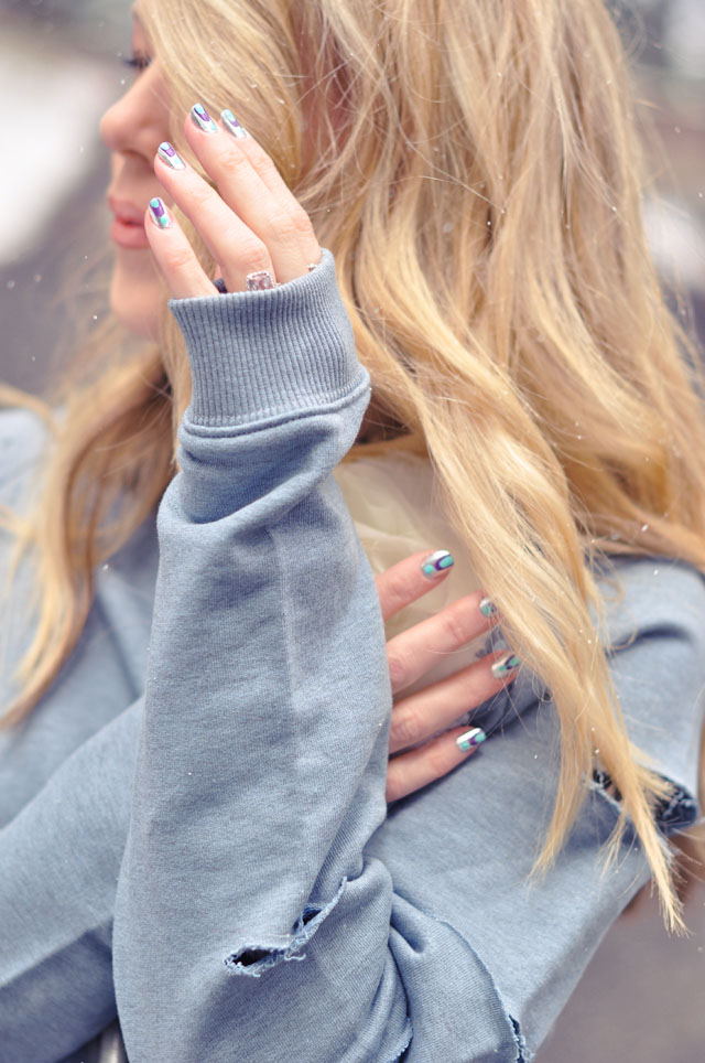 nails and hair + DIY Slashed Sweatshirt