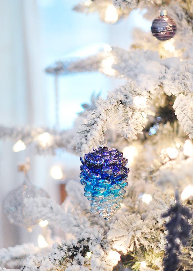 ombre pinecone ornament