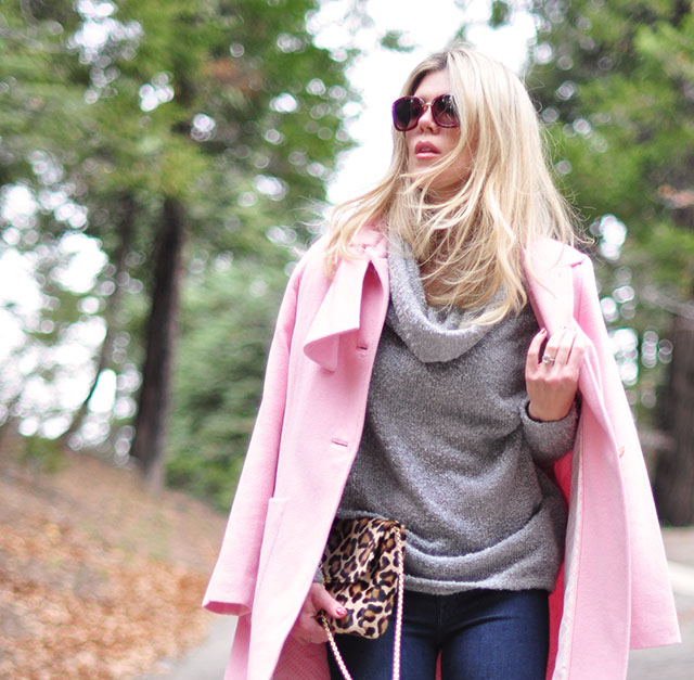 pink coat-jeans-gray sweater-leopard bag