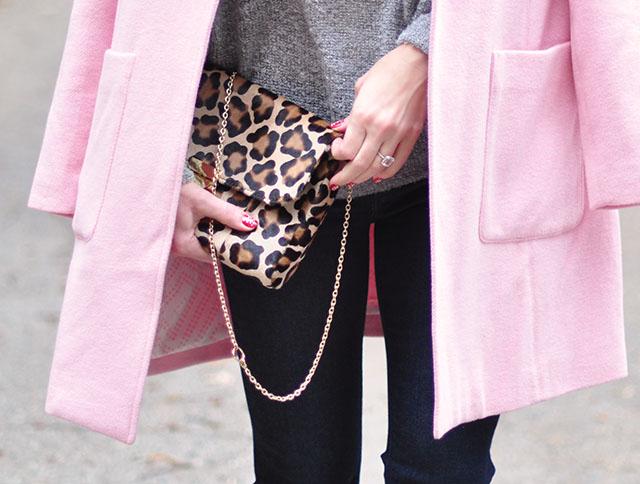 pink coat-leopard print bag
