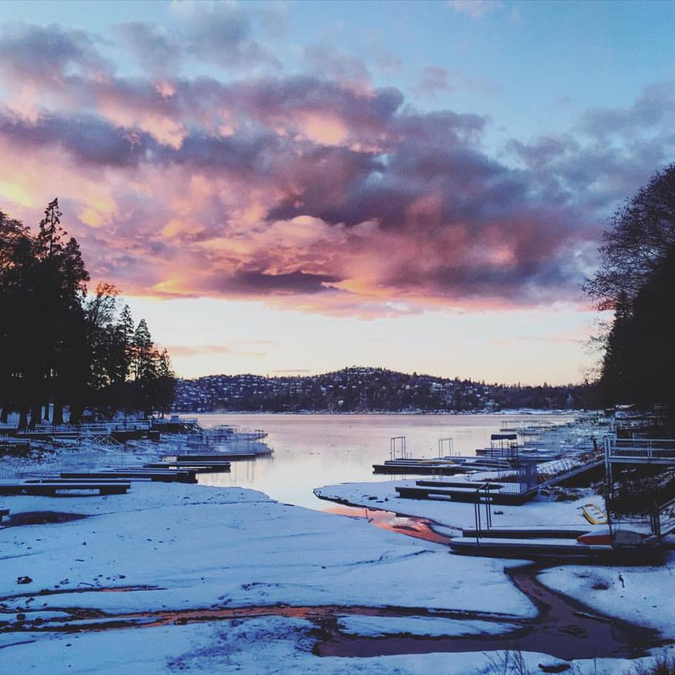 pink sunset over the lake_snow_lake arrowhead california