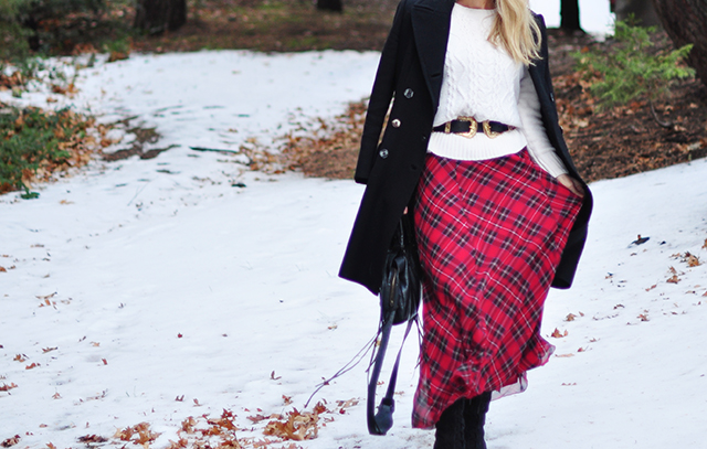 plaid-maxi-dress-in-the-snow