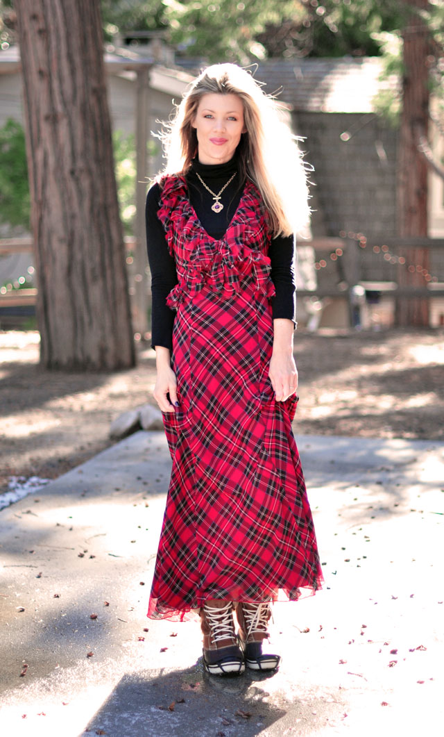 plaid maxi dress with snow boots-2