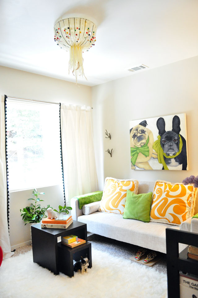 playful-reading-room-decor
