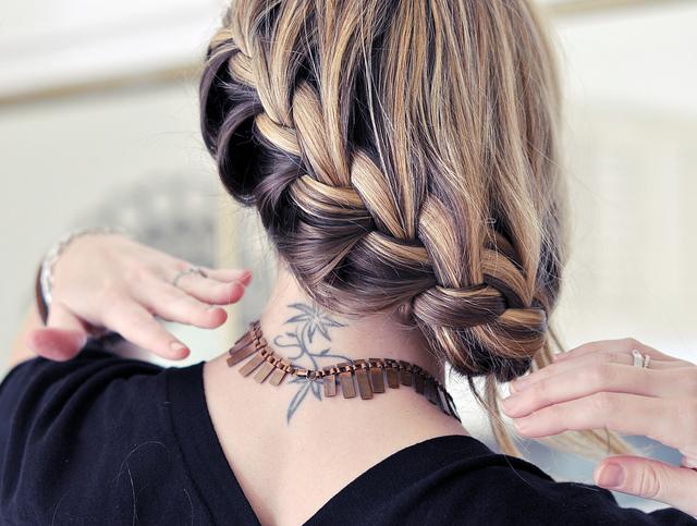pretty low french braid hair tutorial 2