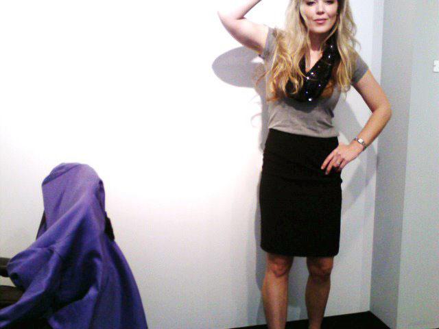 purple blazer-tshirt and pencil skirt 8