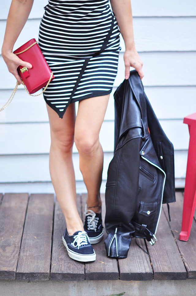 red white and black outfit_ striped dress and vans