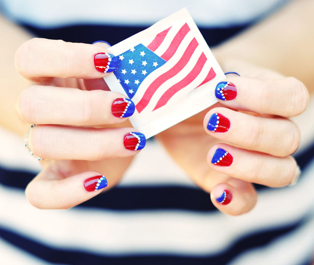 red white and blue Nail art - 4th of July nails